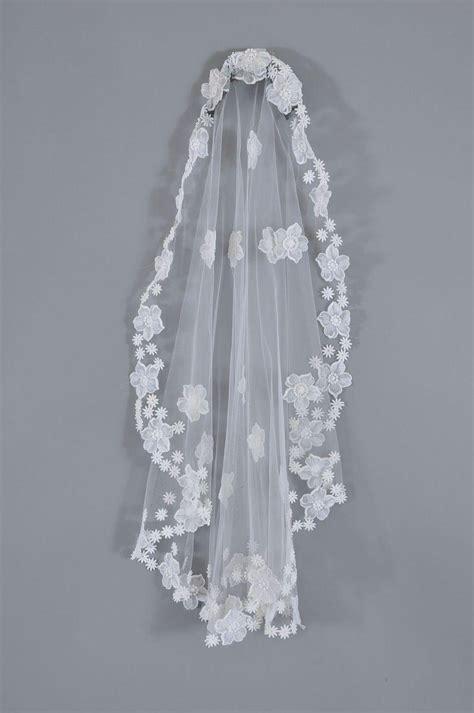 vntg priscilla  boston  wedding gown  veil