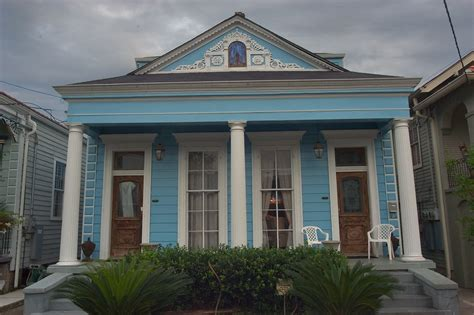 new orleans shotgun house photo 551 02 a shotgun house at 331 333 eliza st near