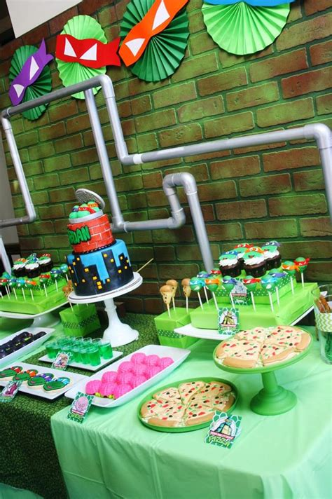 Tmnt Decorations by Mutant Turtles With Lots Of Really