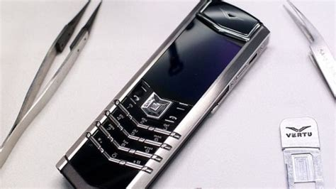 vertu luxury phone luxury phone maker vertu collapses