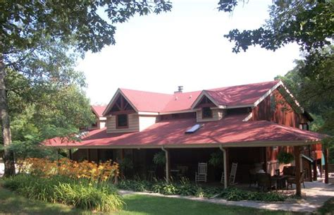 peaceful oaks bed and breakfast peaceful oaks bed breakfast and barn jackson tn b b