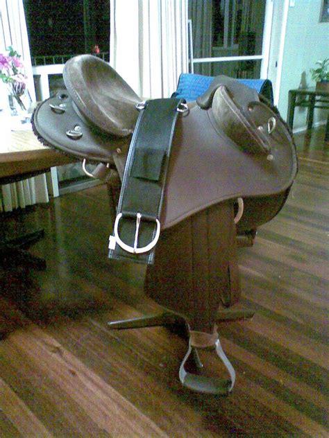 half breed swinging fender saddle for sale swinging fender half breed saddle