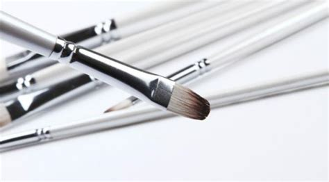 Parutan Multifungsi Berbentuk Seperti Kuas ini fungsi 7 jenis kuas makeup lifestyle liputan6
