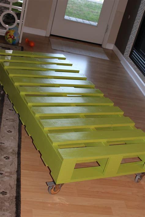 how to make a bed out of pallets diy kid s pallet bed