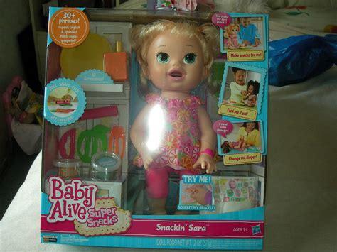Baby Alive Snack Snackin Boneka Baby Alive Snackin baby alive doll snacks snackin talks eats poo ebay