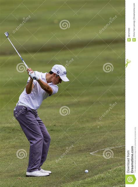 swing pro golf golf pro iron focus swing editorial stock photo image