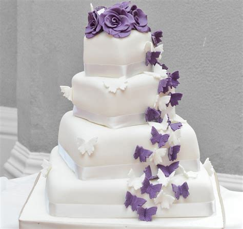 Show Me Some Wedding Cakes by Wedding Cake Gallery
