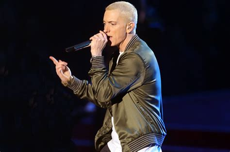 Eminem plans to re release the slim shady lp on cassette