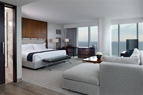 4 Ways to a Hotel Style Bedroom