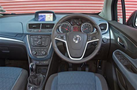 vauxhall mokka interior vauxhall mokka 2012 2016 interior autocar
