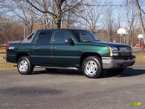 2004 green metallic chevrolet avalanche 1500 z71 4x4