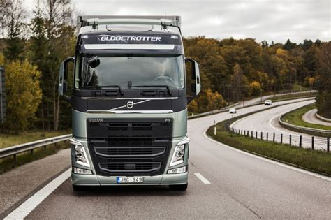 volvo truck 2015 volvo reports 8 increase in truck deliveries in