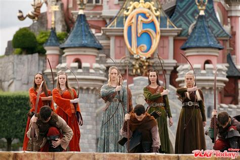 disneyland film prince caspian medieval ceremony and narnia stars launch