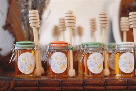 Baby Shower Favors Honey Jars by A Honeycomb Baby Shower A Subtle Revelry