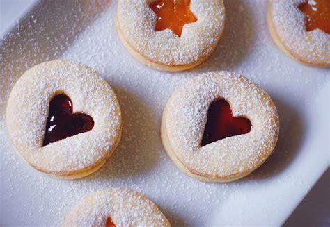 cucina con biscotti di natale ricetta biscotti di natale con la marmellata ricette di