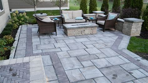 Paver Patio With Retaining Wall Ideas Modern Patio Outdoor Paver Patio Columbus Ohio