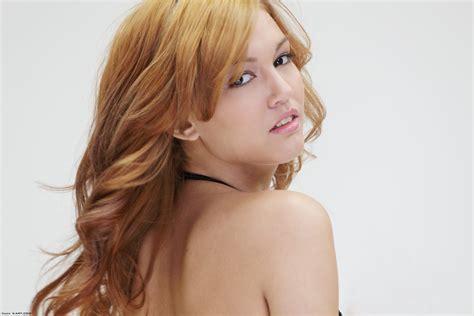 4 shared free apk x kato 04 lrg x art kato party girl 04 lrg jpg 3123575 free image hosting
