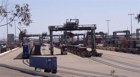 ship to ship transfer adalah intermodal freight transport