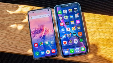 galaxy se  iphone xr  affordable flagship phone