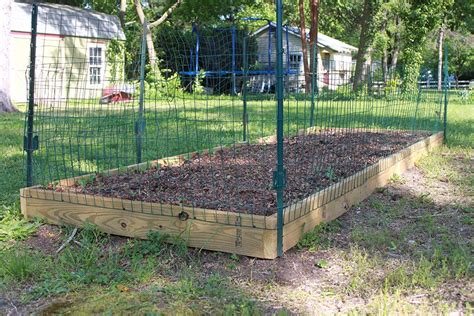 how to build a vegetable garden fence ways to keep animals out of your garden build a simple