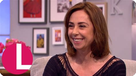 sofie grabol youtube sofie gr 229 b 248 l was serenaded by dennis quaid with a ukulele