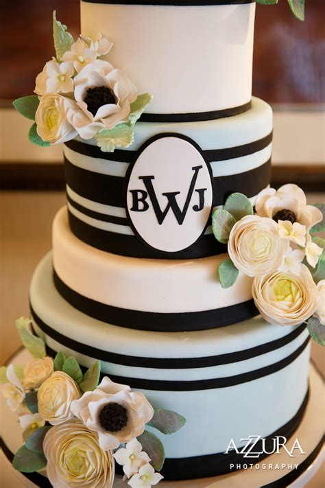 Wedding Cakes Seattle by Seattle Bakery And Specialty Dessert Company Wedding