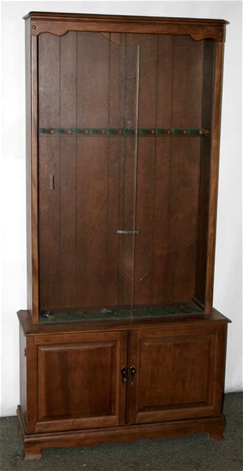 Glass For Gun Cabinet Door 081101 Gun Cabinet W Sliding Glass Doors Lot 81101