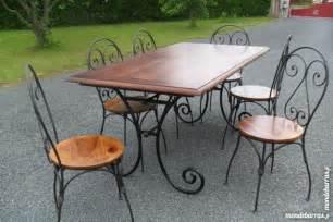 Formidable Table Salle A Manger Verre #3: table-est-6-chaises-salle-a-manger-bois-fer-forg-20160616055302.jpg