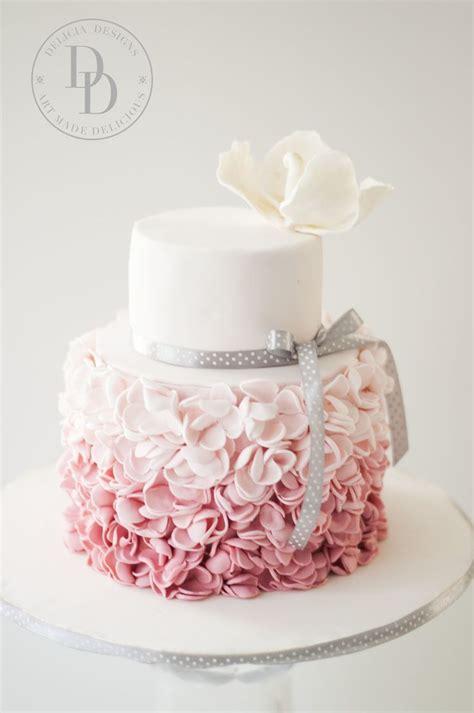 pattern cakes pinterest 25 best ideas about pink ruffle cake on pinterest