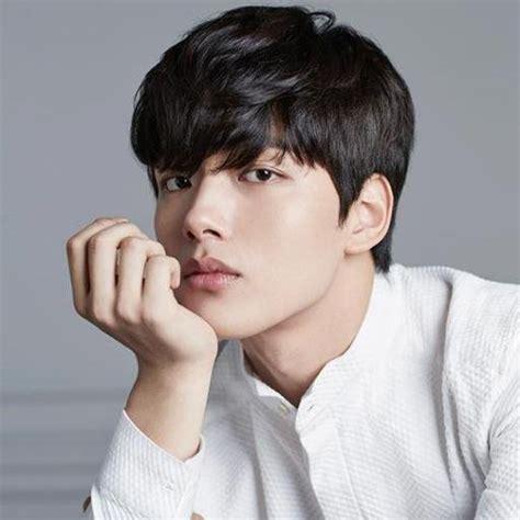 Hot Korean Actors News 2014 | 10 talented korean actors who are 20 and under