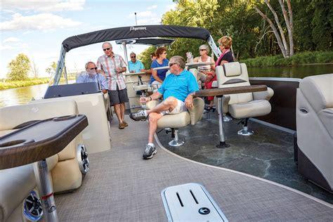 dodici pontoon premier 310 dodici pub boating world