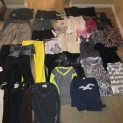 Selling Clothes To Platos Closet by Plato S Closet 24 Reviews Used Vintage Consignment