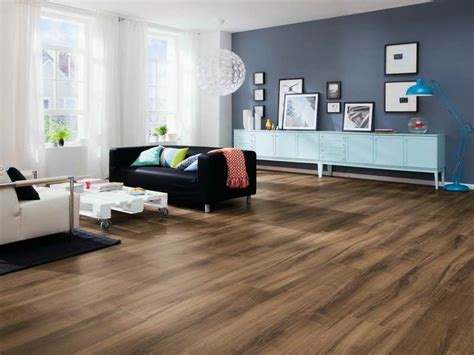 Planning & Ideas : Cool Living Room With Laminate Flooring