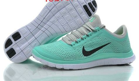 mint green nike running shoes shoes mint green shoes nike running shoes wheretoget