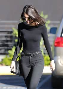 skinny jeans in or oyt in 2015 kendall jenner in skinny jeans out in calabasas