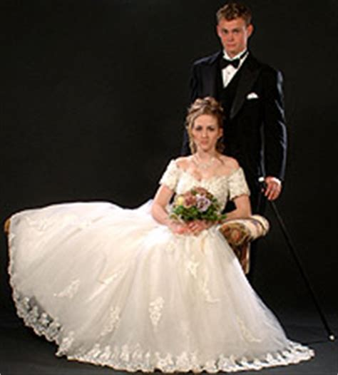 Traditional Wedding Photo Poses by Wedding Portrait Posing Guide