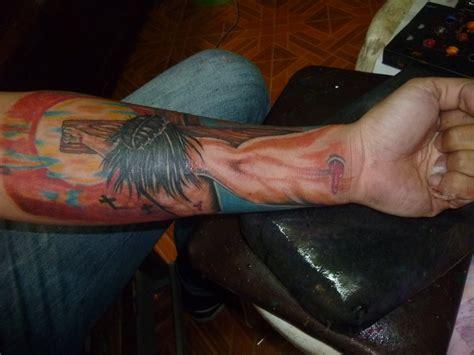 jesus 3d tattoo jesus on cross arm 3d arm