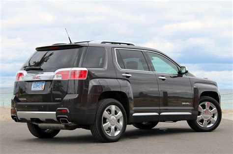 chevy terrain chevy equinox and gmc terrain twins hit 1m units autoblog
