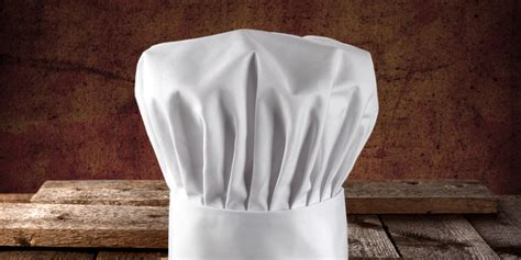 What Do You Wear While Cooking by 10 Skills We Could All Learn From Professional Chefs