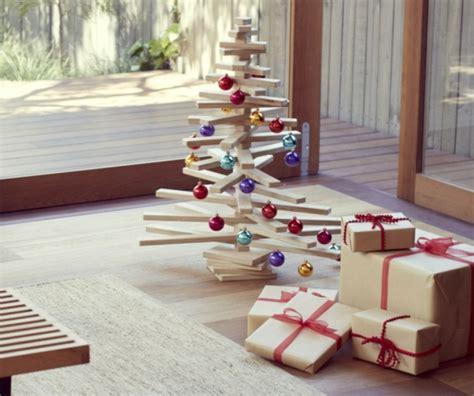 weihnachtsbaum aus holz selber bauen schnelle weihnachtsbastelideen christbaum selber machen
