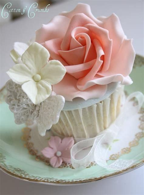beautiful cupcake most beautiful cakes ever food p and cakes pinterest