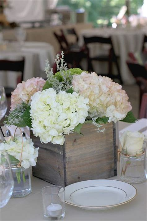 floral arrangements für esszimmer tische 17 best images about centerpieces on
