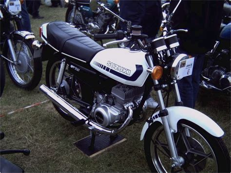 Cy Gt 125 2 a brief history of the suzuki gt125 automotive flashback motorcycles catalog with