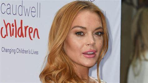 Lindsay Lohan Really Pashminas by Wow Cantiknya Lindsay Lohan Til Berhijab Di
