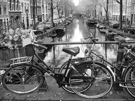 Amsterdam Noir Et Blanc by Canal Amstellodamois Transport Noir Et Blanc