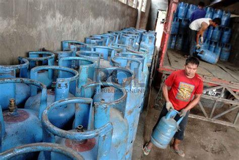 Tabung Gas Lpg 12kg Bekas pemerintah serahkan harga elpiji 12 kg ke pertamina republika
