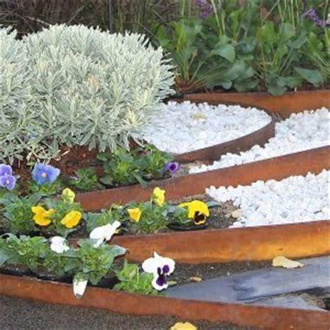 Gardeners Supply Edging Garden Edging Materials Metal Brick Timber