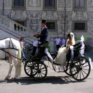 carrozza con cavalli matrimonio auto o carrozza con cavalli nozze