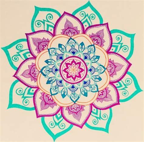 imagenes de mandalas morados dibujos de mandalas simple colores llamativos dise 241 o
