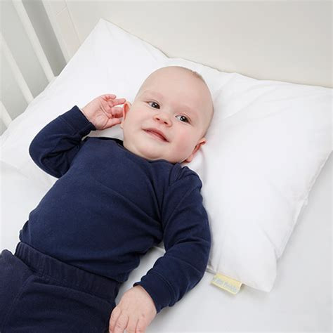 Lilla Kuddis Pillow by Lilla Kuddis Baby Pillows Developed In Sweden For